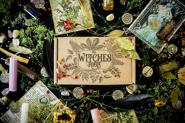 The Ultimate List of Witch Subscription Boxes for 2019 - Dwell in Magic